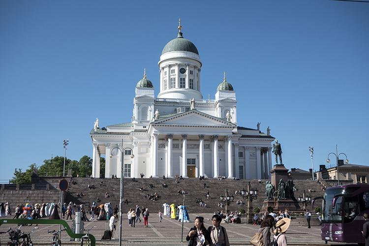 フィンランド 働き方