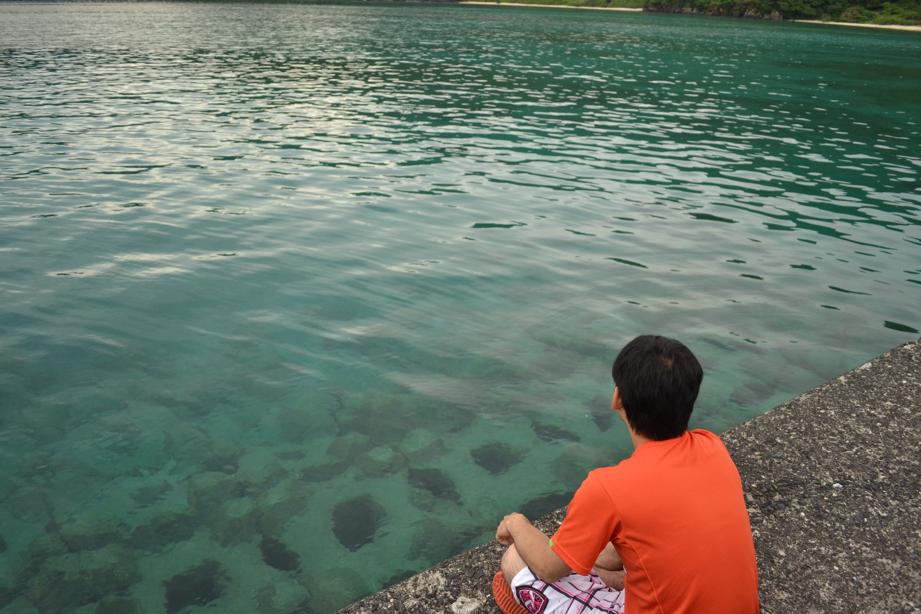 何をする訳でもない『海を眺める』というだけの時間。移住の醍醐味。