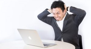副業・複業トラブルで本業を失う!? ~リスクや違法行為の危険って?~